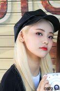 200228 Naver LOONA TAM BTS 13 JinSoul
