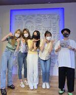 210722 SNS HeeJin, ViVi, Chuu, Olivia Hye 2