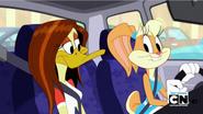 Lola & Tina in car