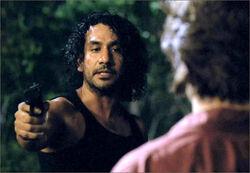 6x11-g9-4-Sayid-Desmond.jpg
