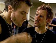 1x07-fb2-4-Charlie-Liam