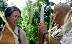 1x04-g5-3-Locke-Kate.jpg
