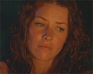 1x03-g2-3-Kate
