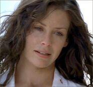 1x01-Kate1