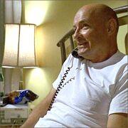 1x04-fb2-1-Locke.jpg