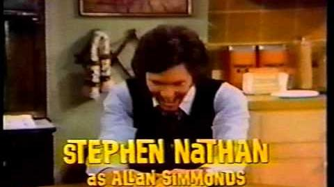 BUSTING_LOOSE_CBS_Sitcom_opening_credits