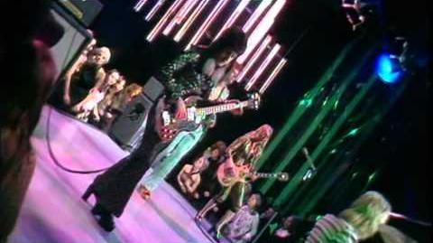 "David Bowie ""The Jean Genie"" (Found 1973 Top Of The Pops Footage)"