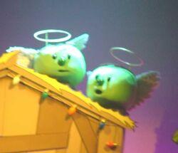 695px-VeggieTales Live Pea Angels.jpeg