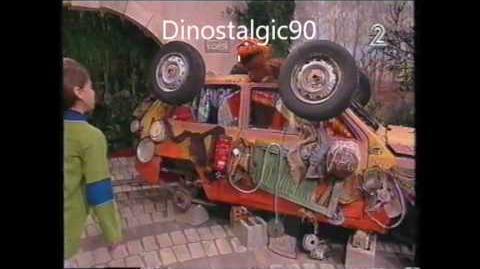 רחוב סומסום 1998 (שארע סימסים) - פרק מתוך הסדרה (2)
