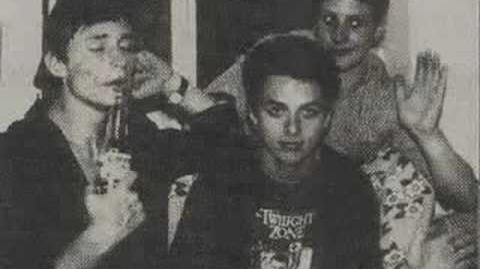 """Green Day """"Walking the Dog"""" (Lost Studio Version of Cover Song; 1993)"""