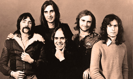 """Genesis """"Going Out To Get You-Wooden Mask"""" (Lost 1971 Single)"""