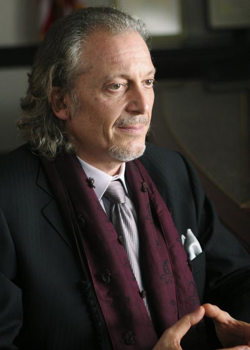 Анджело Бузони