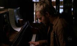 2х12 Чарли пианино.jpg