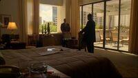 1x05hotelroom.jpg