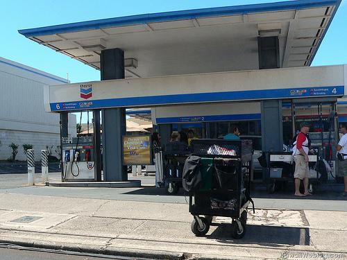 Station-service Chevron (2)