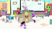 Pets building fortress