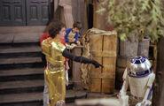 SesameStreet-StarWars-C-3PO&R2-D2-02