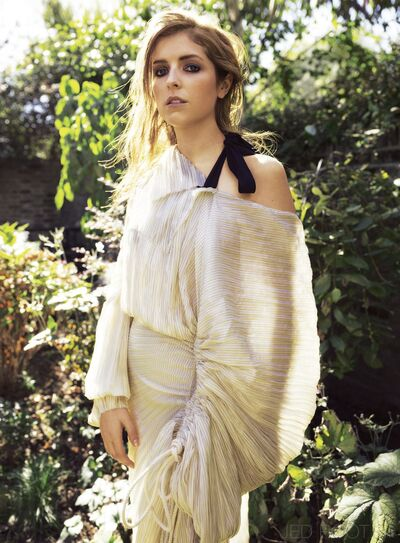 Anna Kendrick Cover Amazing2.jpg