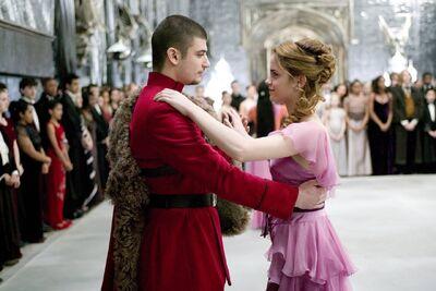 Hermione Granger Yule Ball.jpg