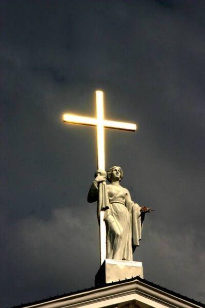 Holy-cross.jpg