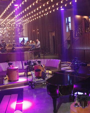 Лос анджелес ночные клубы хостес девушки в ночной клуб
