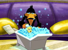 Loonatics tweety bathing end yuck-0.jpg