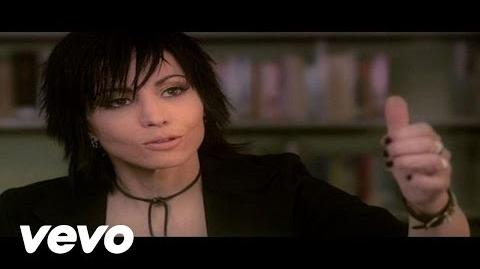 Joan_Jett_and_the_Blackhearts_-_Androgynous