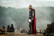 Thor Mroczny Świat (3) Thor