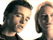 LA LUCE BUONA DELLE STELLE (1987) - Eros Ramazzotti ft Patsy Kensit (official)