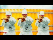 Daddy_Yankee_-_MÉTELE_AL_PERREO_(Official_Video)