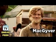 "MacGyver 3x01 Sneak Peek 4 ""Improvise"""