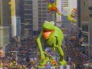 KermitBalloon Macy's1987