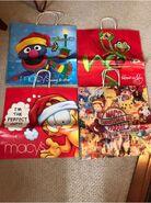 Macys-shopping-bags