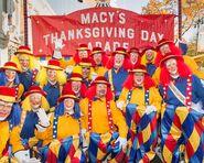 1536590809 Parade-Brigade-Clowns