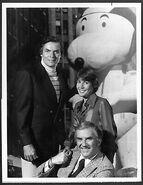 Snoopy-Peanuts-1975-Original-NBC-Photo-Macys