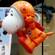 Astronaut-snoopy-2019-model-cropped