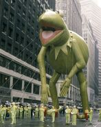 Macys-thanksgiving-day-parade-1970s-1980s-140992692-10