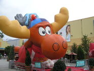 Rockyandbullwinkleballoonopolis2005