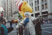 Macys-Thanksgiving-Day-Parade-NYC-Found-PHOTO-Color