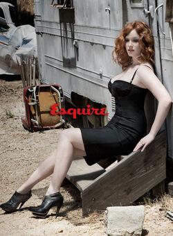 Esquire-christina-hendricks-body-shot1.jpg