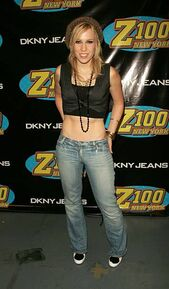 Natasha-bedingfield-during-z100s-jingle-ball-2005-press-room-at-in-picture-id451142193