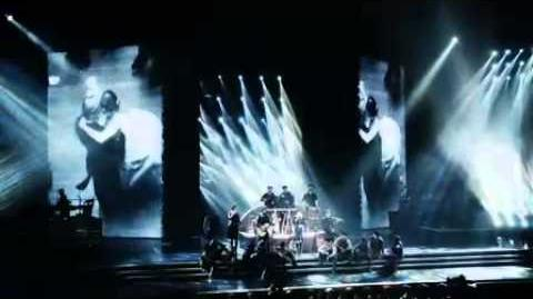 Madonna-MDNA Tour
