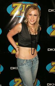 Natasha-bedingfield-during-z100s-jingle-ball-2005-press-room-at-in-picture-id451142133