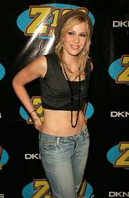 Natasha-bedingfield-during-z100s-jingle-ball-2005-press-room-at-in-picture-id451142131