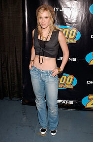 Singer-natasha-bedingfield-attends-z100s-jingle-ball-2005-on-december-picture-id56445766