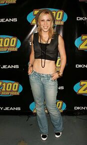 Natasha-bedingfield-during-z100s-jingle-ball-2005-press-room-at-in-picture-id451142113