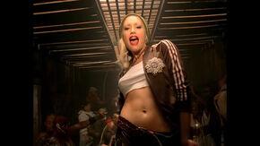 Rich Girl (Gwen Stefani song) (1)