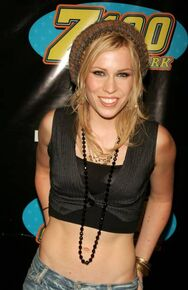 Natasha-bedingfield-during-z100s-jingle-ball-2005-press-room-at-in-picture-id451142109