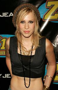Natasha-bedingfield-during-z100s-jingle-ball-2005-press-room-at-in-picture-id451142187