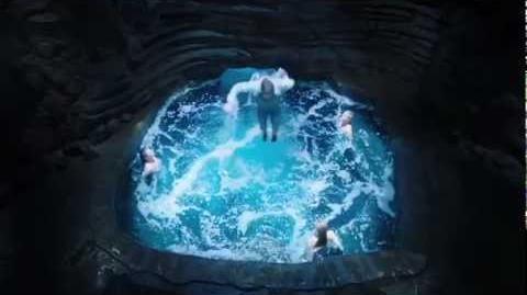 Mako_Mermaids_-_Official_Trailer_HD